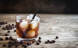 black-russian-cocktail