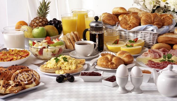 buffet-petit-dejeuner