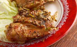 pintade-rotie-sauce-fois-gras