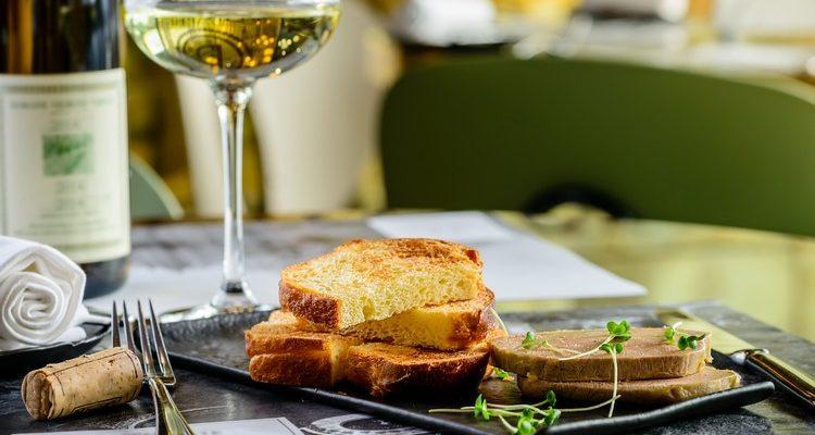 foie-gras-et-vin-blanc